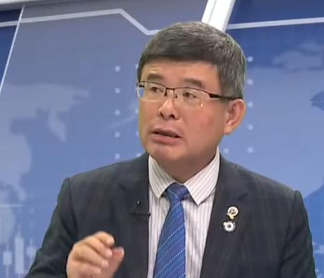 總體經濟學家吳嘉隆資料照。(新唐人電視台)