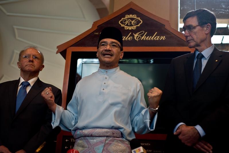 馬來西亞外長以「大哥」稱呼中共 民眾譴責後急澄清