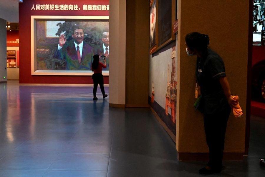 楊威:政治局常委會議不敢公開的詭異