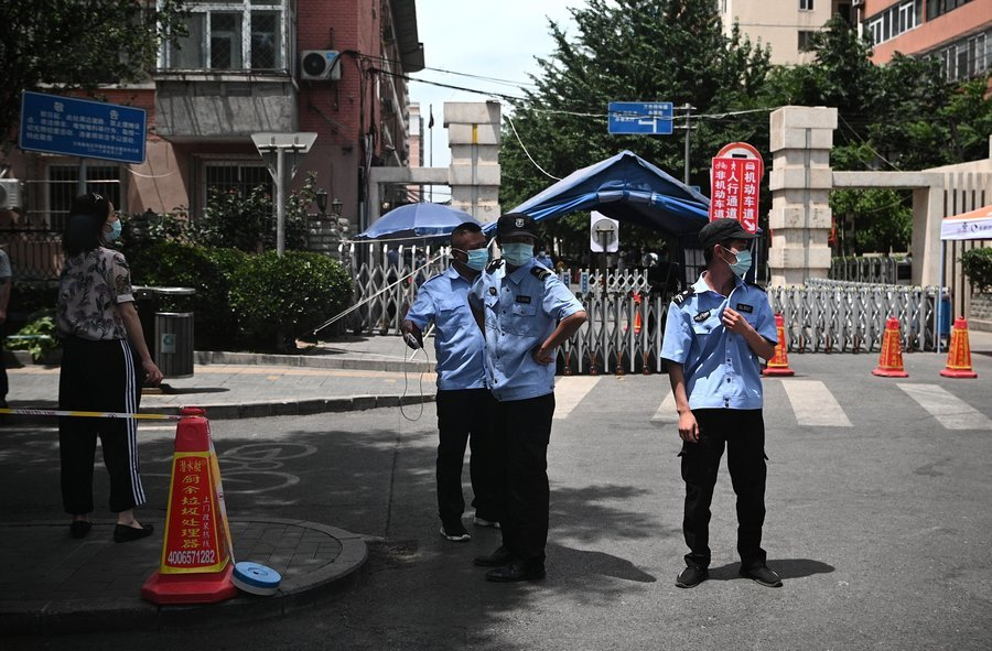 官方罕有警告疫情出乎意料嚴峻 京城大排查