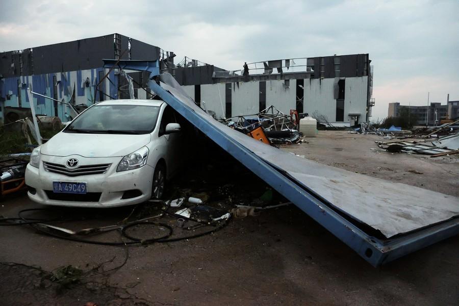 【組圖】武漢市遭遇9級龍捲風 至少6死218傷