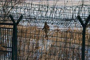 北韓百姓悄議金正恩死活 秘密警察抓吹哨人