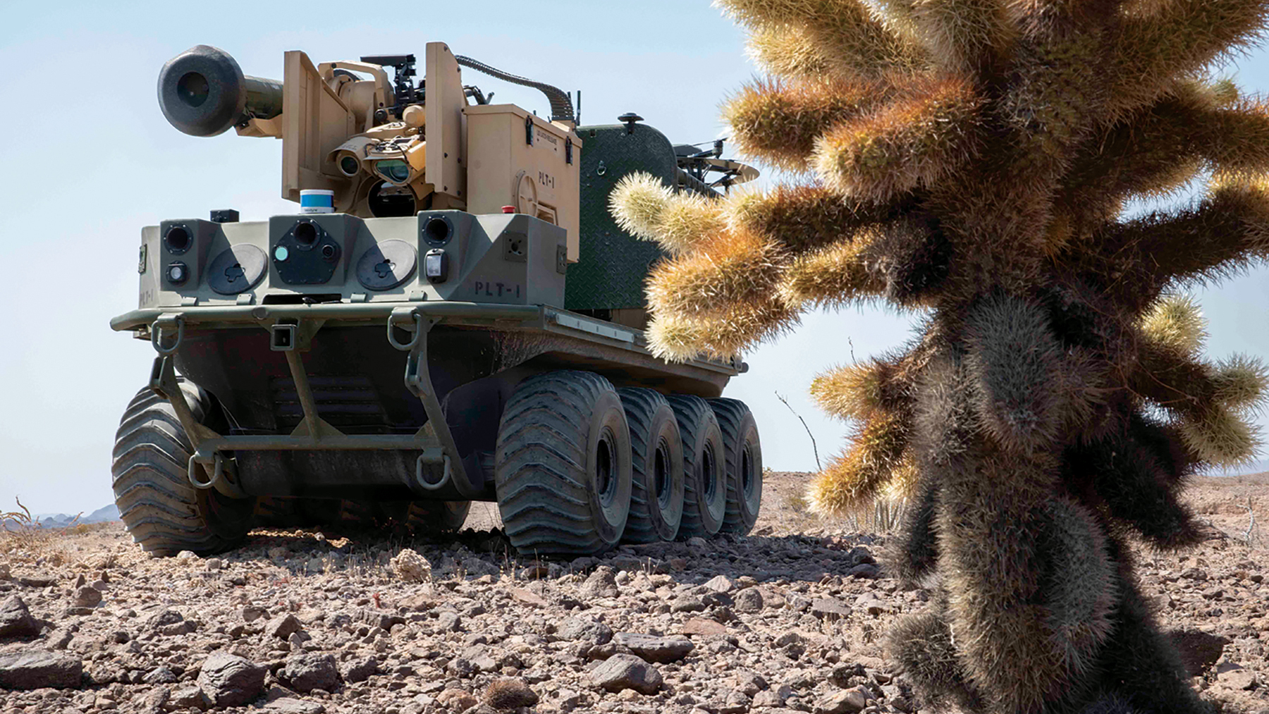 2020年8月11日-9月18日在亞利桑那州尤馬試驗場的Project Convergence 20項目期間,來自Project Origin車隊的一輛機械人戰車在準備演練。(美國陸軍/Carlos Cuebas Fantauzzi)