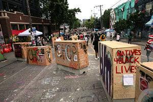 楊威:美示威者「砸爛一切」的口號 華人不陌生