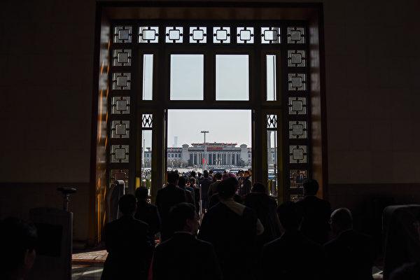 黨媒齊捧極左文章 學者:中共二次文革前兆