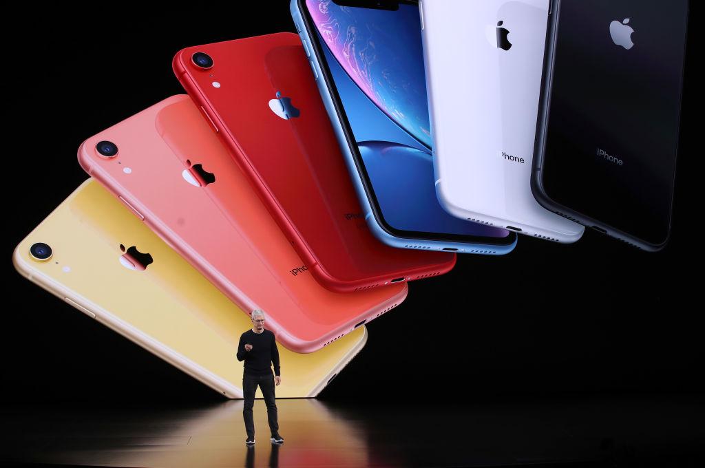 周二(8月18日),iPhone金屬外殼供應商可成科技(Catcher Technology)宣佈,已同意將其在中國大陸的兩處業務出售給藍思科技(Lens Technology)。示意圖。(Justin Sullivan/Getty Images)