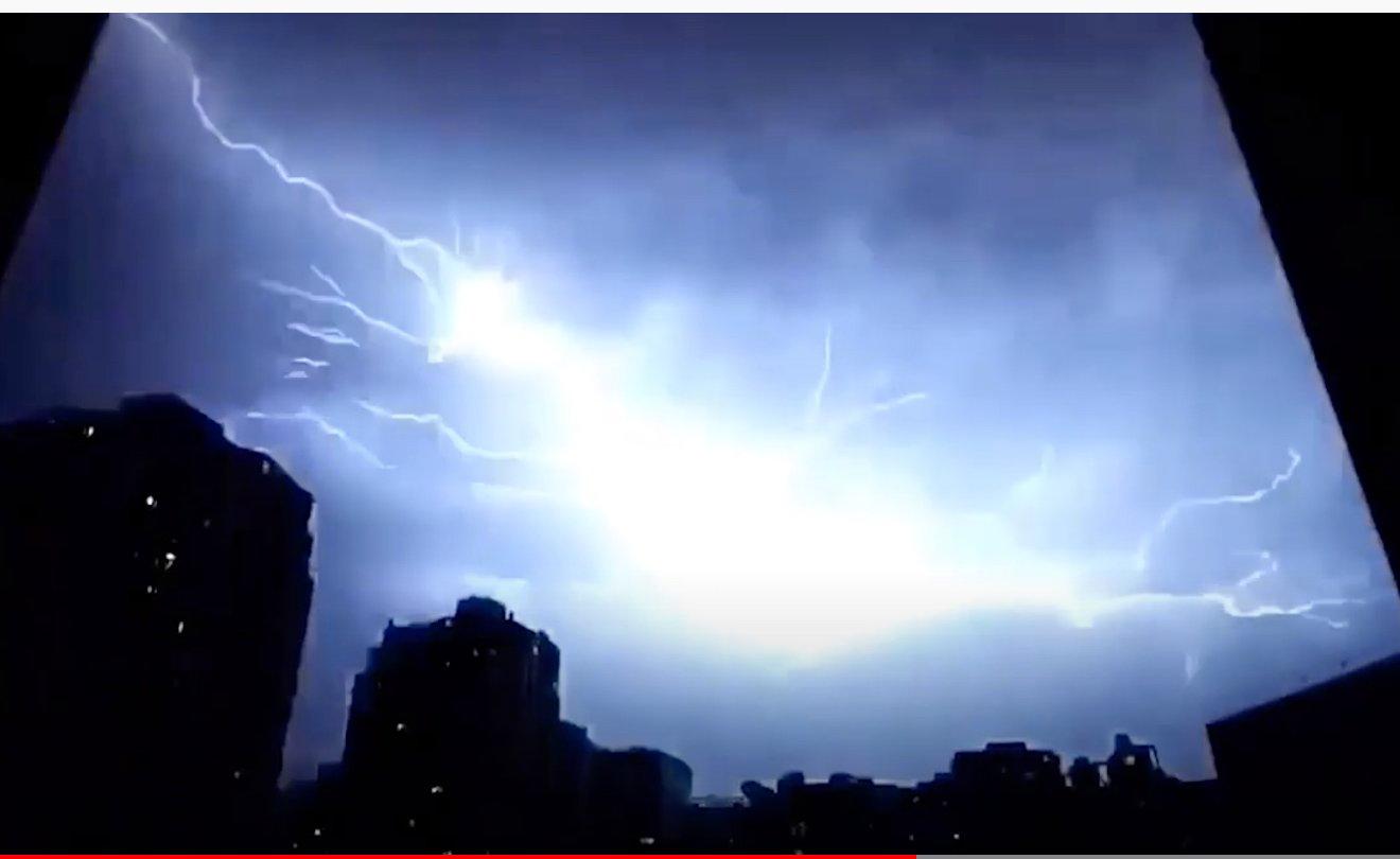 湖北湖南等多地電閃雷鳴。(截圖)