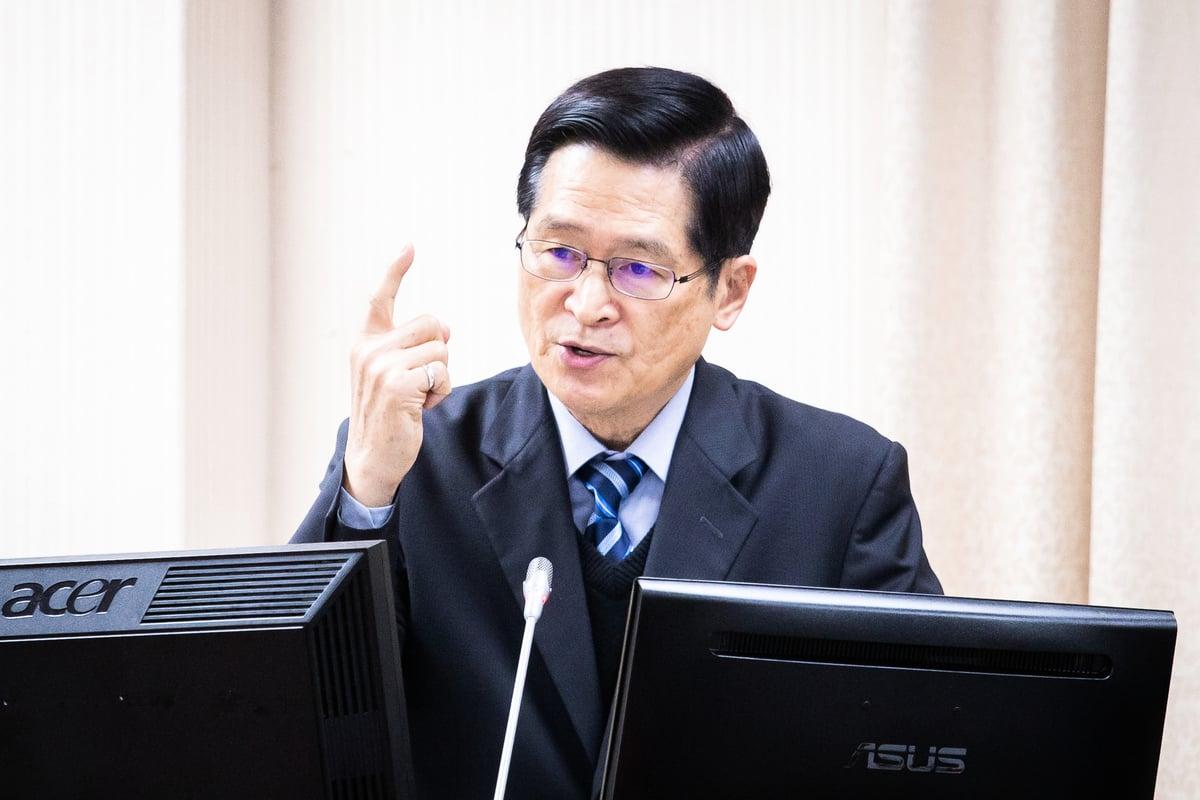 中華民國國防部6月26日證實中午確有共機進入台灣西南空域遭空軍驅離。圖為國防部長嚴德發。資料照。 (陳柏州/大紀元)