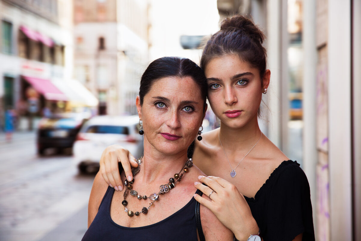 意大利米蘭的母女。(米哈艾拉提供)