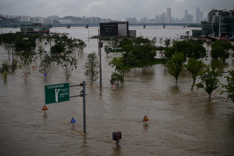 組圖:南韓洪水山泥傾瀉致14人死 千餘人疏散