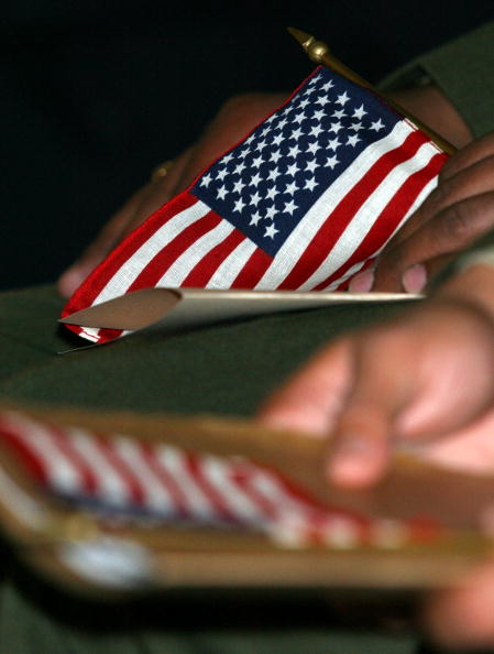 美國國務院的2020年10月移民排期出爐。示意圖。(Junko Kimura/Getty Images)