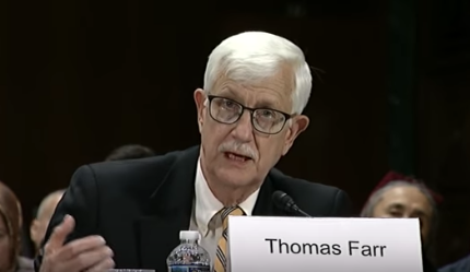 美國前外交官、美國國務院國際宗教自由辦公室的第一任主任、宗教自由協會的總裁法爾(Thomas Farr)(美國國會CECC)