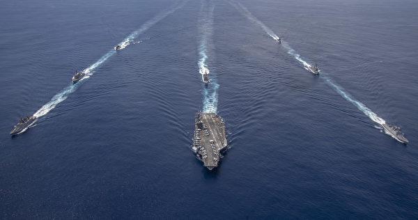 2020年7月20日,尼米茲號(CVN 68)航母艦隊與印度海軍在印度洋聯合演練。(美國海軍)