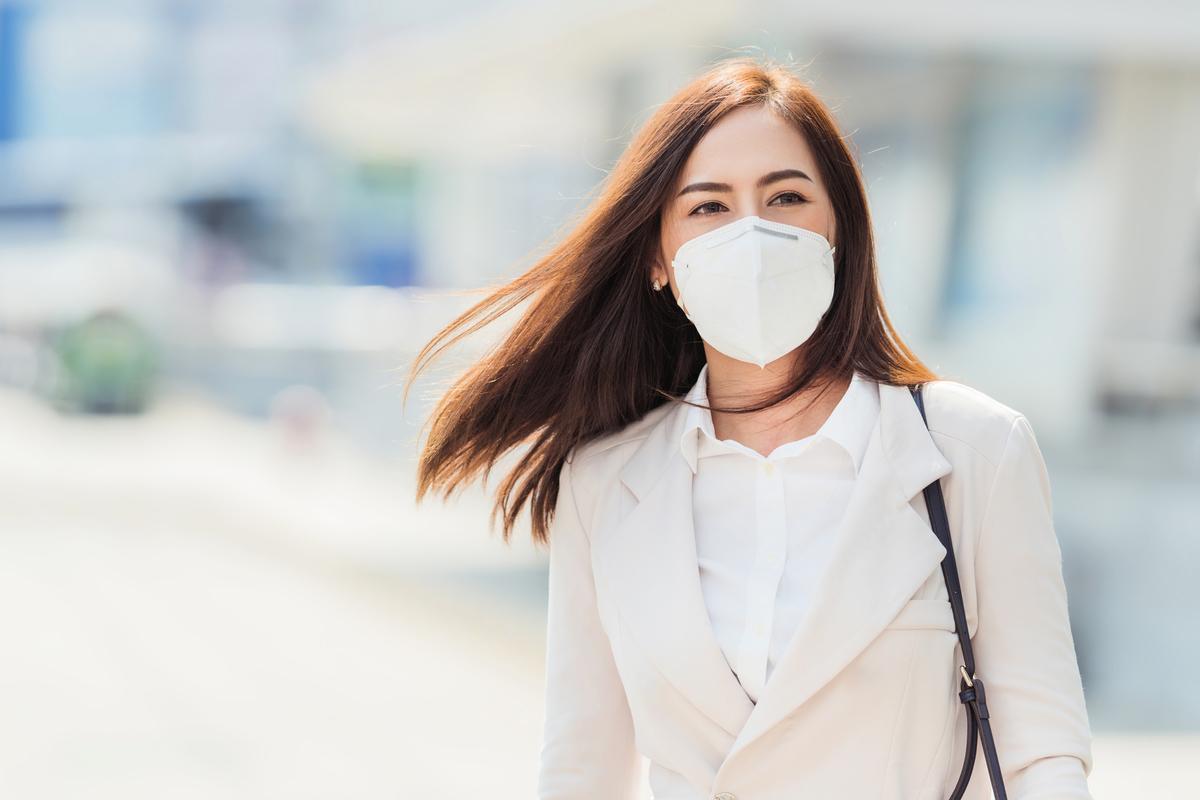 自2020年疫情爆發以來,媒體刊登患有中共病毒的病人誠念「法輪大法好、真善忍好」,病情得到緩解或康復的個案很多。(Shutterstock)