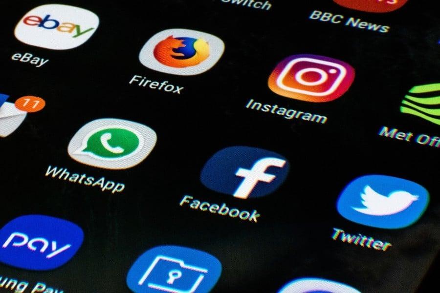WhatsApp與面書共享個人信息 用戶紛紛跳槽