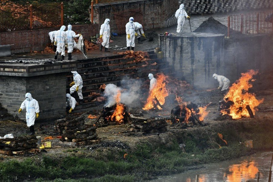 尼泊爾恐成下一個印度 疫情失控陽性率44%