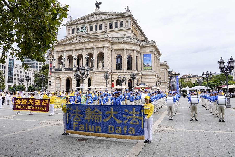 德國法蘭克福反迫害遊行 政要聲援法輪功