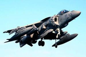 美軍戰機在日本沖繩墜毀