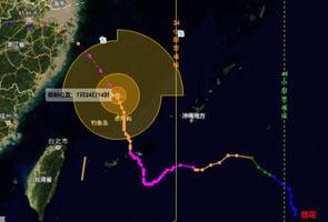 強颱風「煙花」路徑詭異 迂迴路線直逼上海浙江