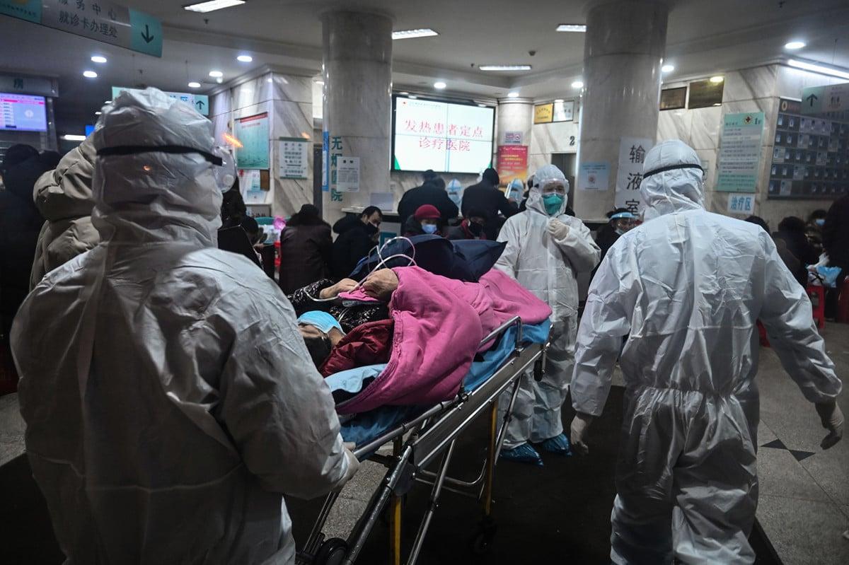 武漢新型冠狀病毒感染人數和死亡人數都在快速上升,引發恐慌。專家提出十個建議,可更好的保護自己免受感染。(Hector RETAMAL/AFP)