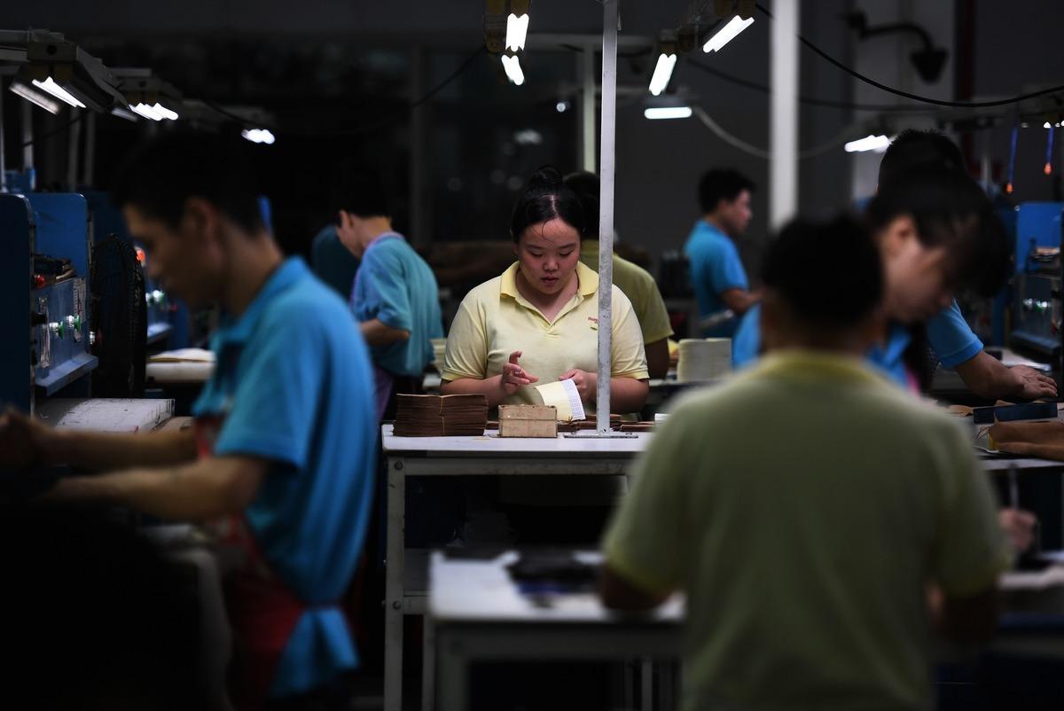 近來中國經營環境惡化,台商的中國夢碎,紛紛撤資,以廣東為例,早已出現「逃命潮」。圖為示意圖。 (AFP)