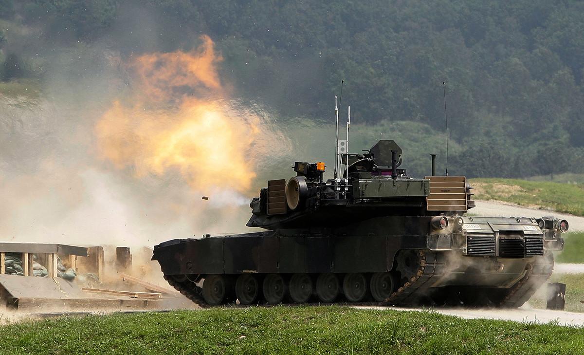 M1A2艾布蘭坦克(M1A2 Abrams Tank,又譯艾布拉姆斯坦克)在抵禦中共侵犯台灣上,可以起到重要作用。(Chung Sung-Jun/Getty Images)