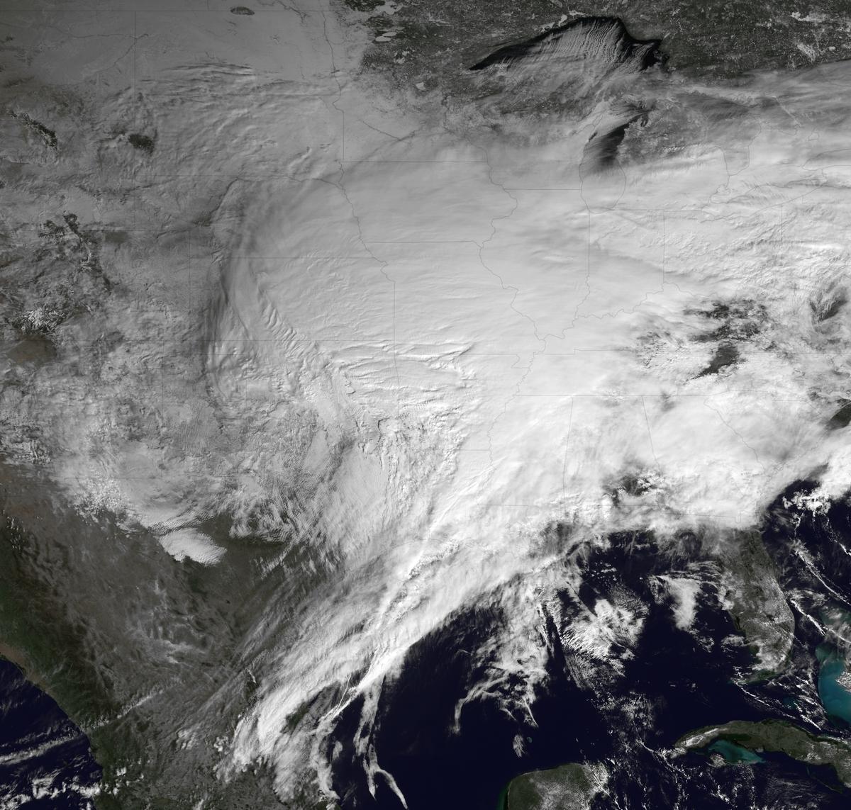 2018和2019年新舊交替之際,美國中西部、南部和東部的大部份地區遭遇冬季風暴侵襲。 (Photo by NOAA via Getty Images)