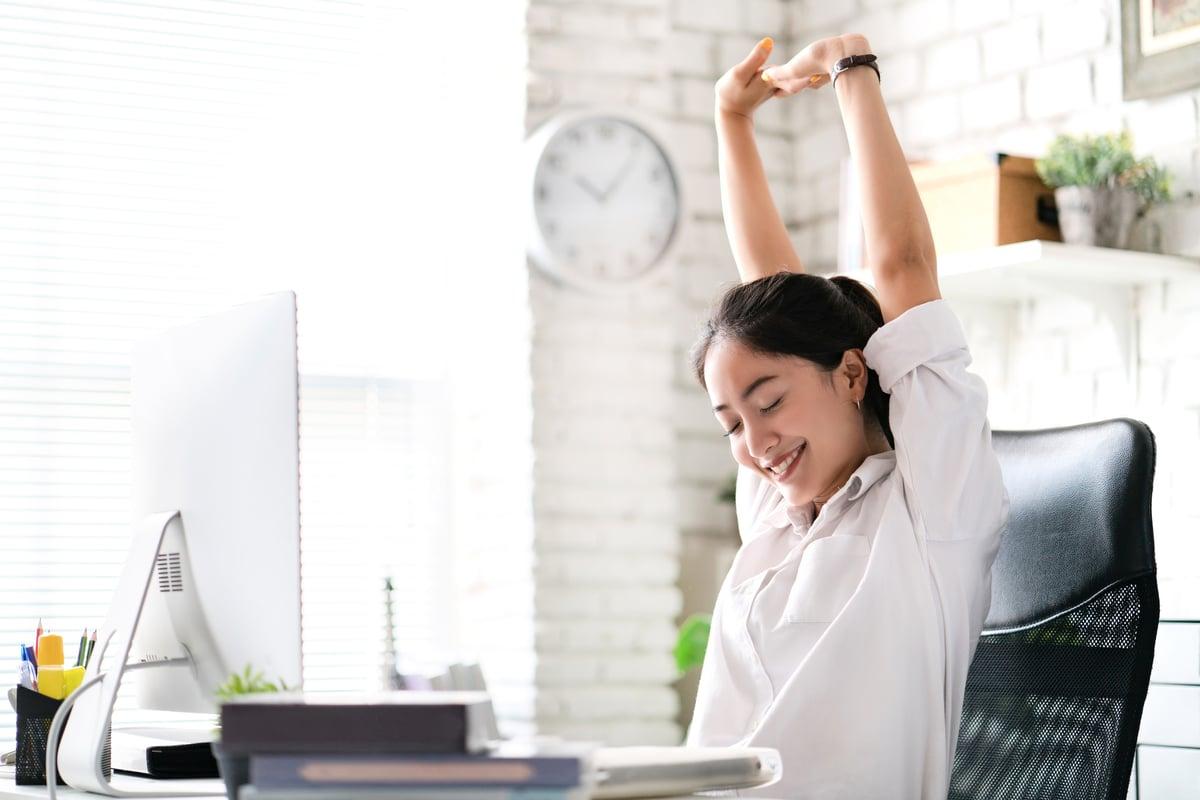 既然更多的時間是待在家裏,何不將自己的工作空間調整至更加舒適而又符合人體工程學呢?(ShutterStock)