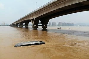 南方遭遇特大洪災 中共高層不露面