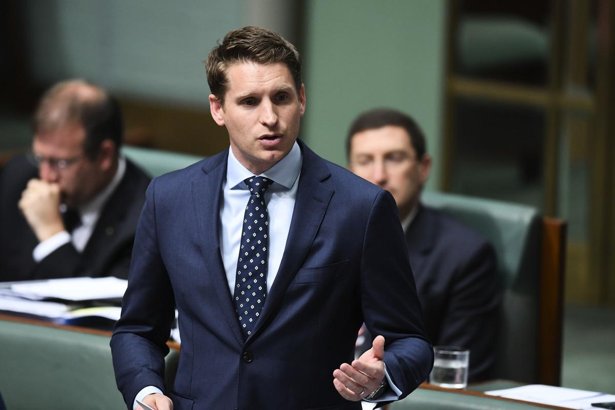 澳洲議會情報與安全聯合委員會主席、自由黨後座議員哈斯蒂(Andrew Hastie)。(AAP Image/Lukas Coch)