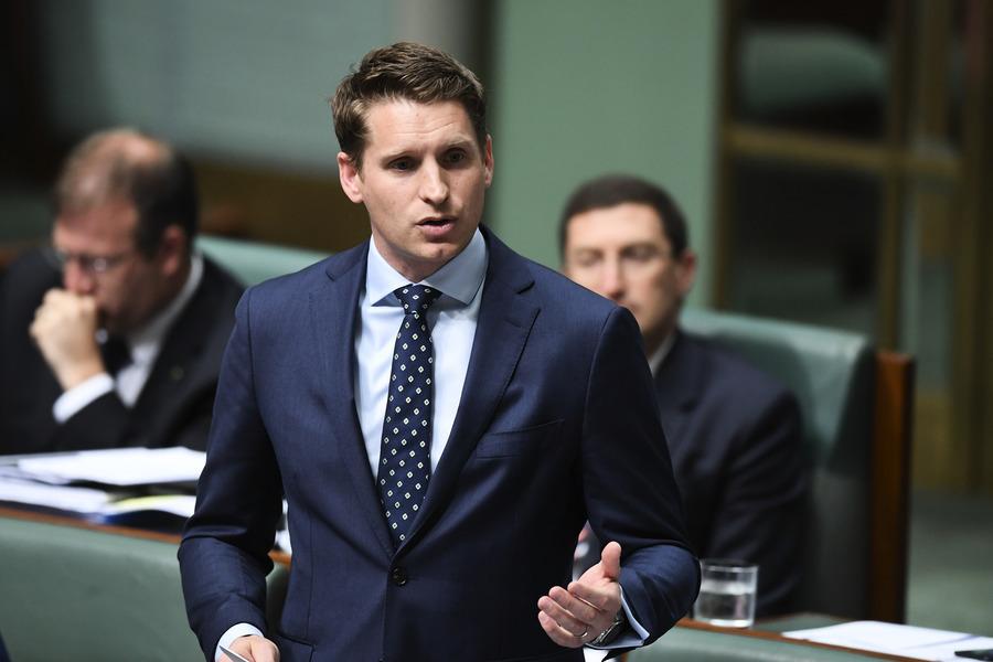 王立強駁「詐騙犯」之說 澳議員籲對其庇護
