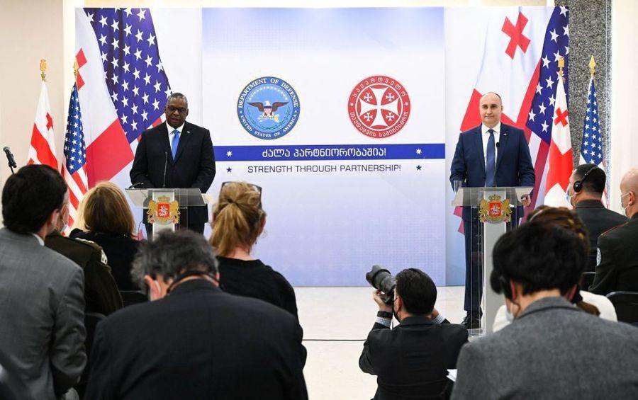 美防長:美國密切關注中共武器發展