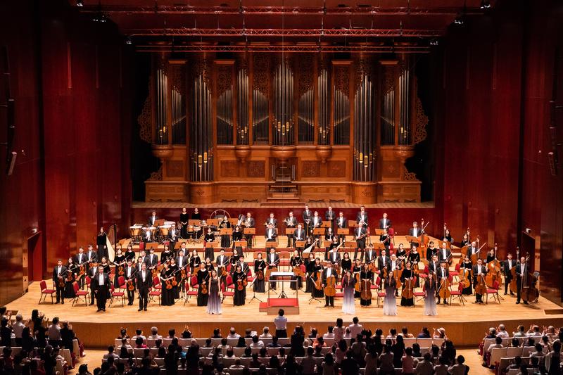 2019年9月23日午間,神韻交響樂團在台北國家音樂廳演出。爆滿的觀眾安可聲,掌聲不斷。(陳柏州/大紀元)