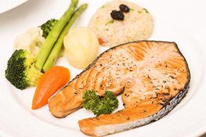 專家:每周兩餐魚可助減少心臟病發病率