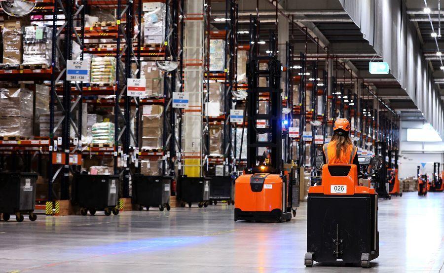 亞馬遜宣佈增聘7.5萬員工 麥當勞漲薪搶才