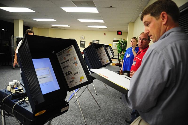 特朗普轉推 質疑計票機器刪除和偷換選票
