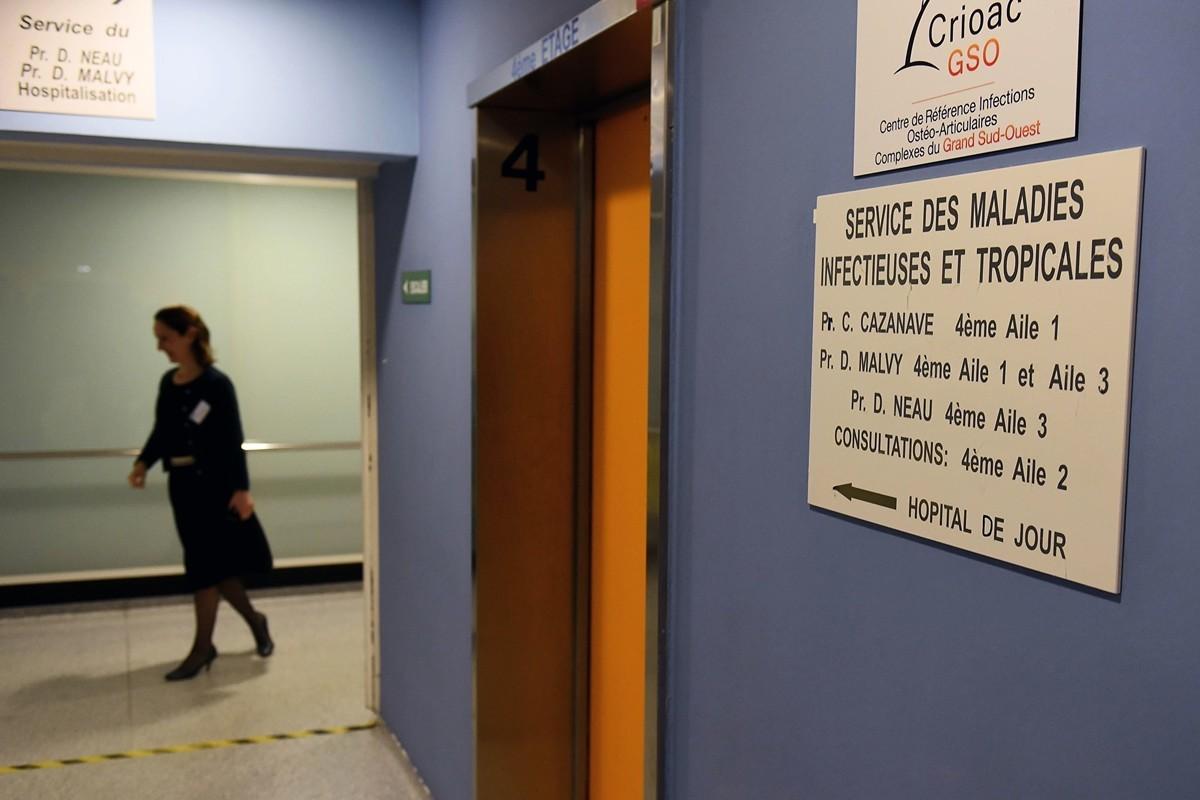 法國是歐洲第一個出現中共肺炎病例的國家。時至1月30日,已有5宗病例確診,均為中國人。圖為法國波爾多佩萊格林大學醫院(CHU)熱帶傳染病科。(NICOLAS TUCAT/AFP via Getty Images)