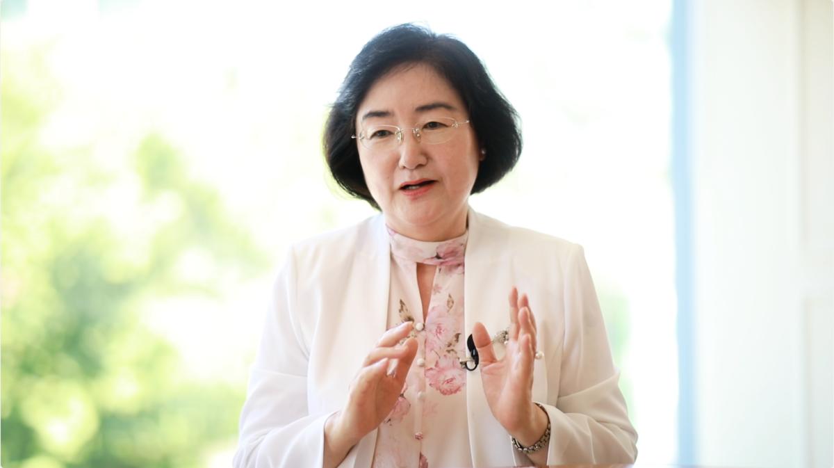 南韓KC大學社會福利大學院長樸恩淑。(影片截圖/新唐人)