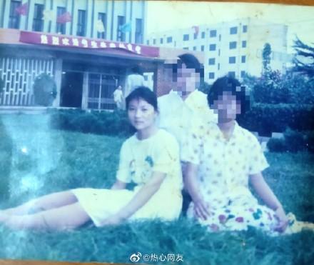 22年前,山東高中生苟晶(左)高考成績被頂替。(苟晶微博)