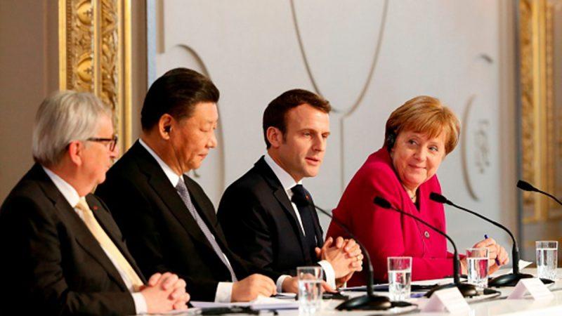 法國總統馬克龍為習近平舉行了一次特別的「四方會談」,令北京「逐個擊破」的招數失靈。(THIBAULT CAMUS/AFP/Getty Images)