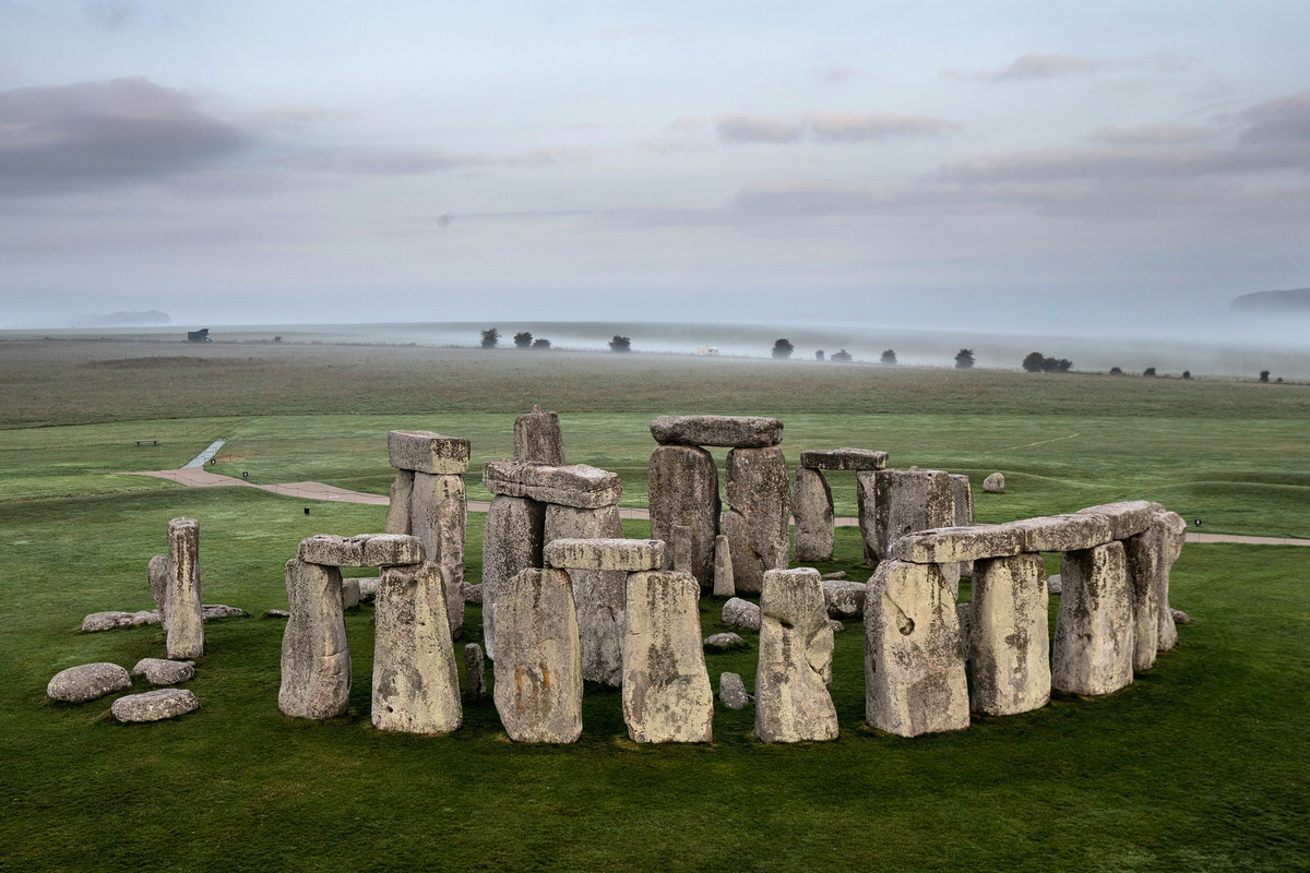 圖為英國巨石陣(Stonehenge)。(Matt Cardy/Getty Images)