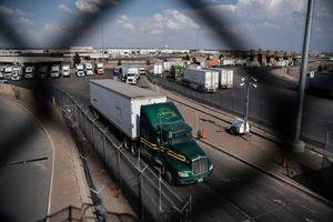 德州邊境逮捕138名非法移民 含性犯罪者