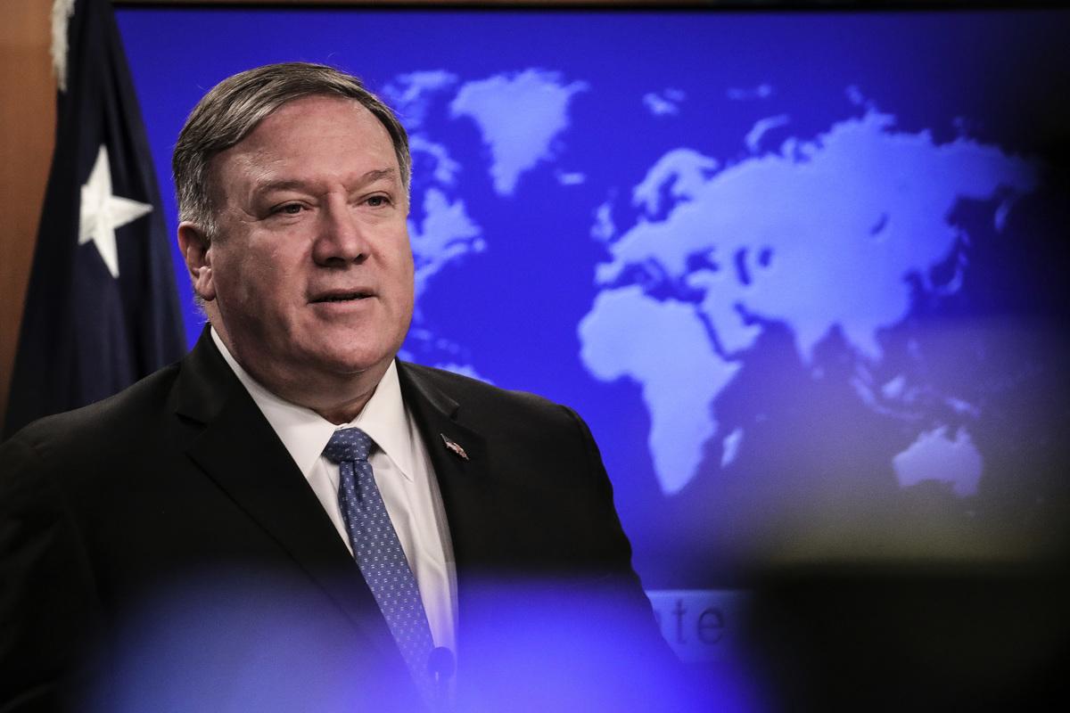 美國國務卿蓬佩奧宣佈成立「天賦權利委員會」,華裔律師認為此舉是里程碑的一個事件。圖為美國國務卿邁克·蓬佩奧(Mike Pompeo)。(Drew Angerer/Getty Images)