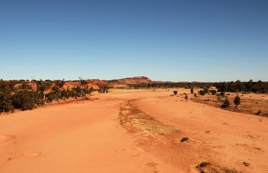 中共關聯企業抽取地下水 被批威脅澳洲原住民聖地
