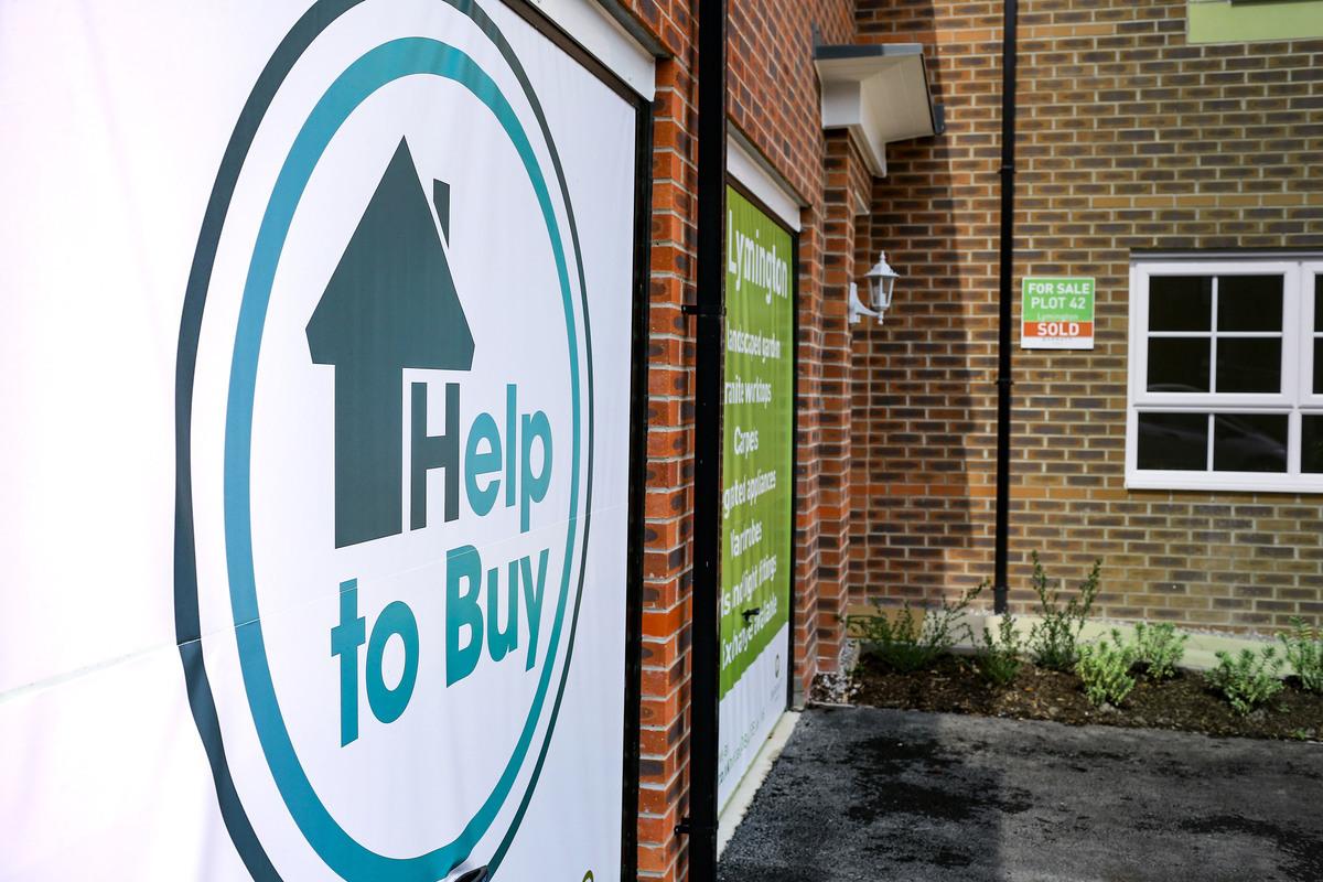 政府最新置業援助計劃(Help-to-Buy scheme)可幫助超過一半的新房置業者。(Christopher Furlong/Getty Images)