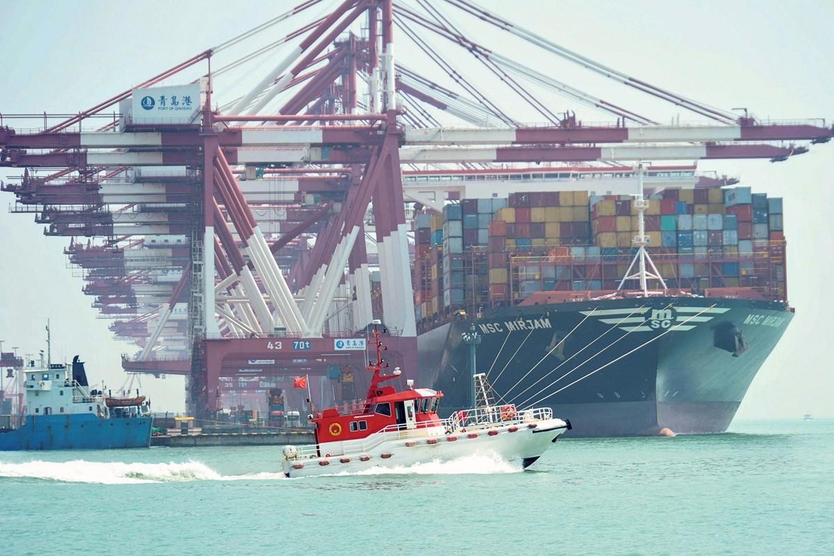 日前,中美貿易對話,各界關注。圖為山東青島港。(STR/AFP)