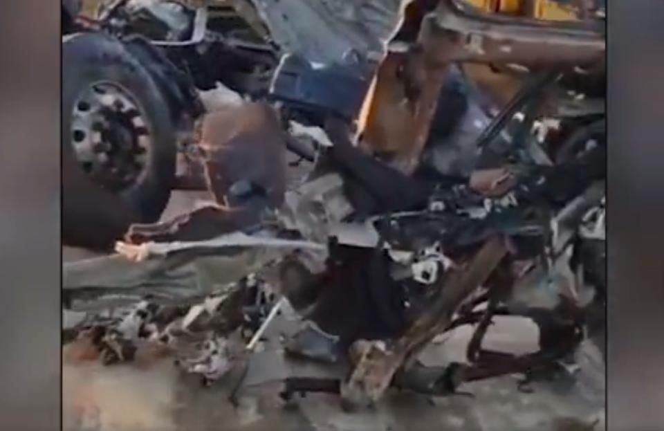 4月4日凌晨,江蘇省鹽城市發生重大交通事故,已致11人死亡、19人受傷。(影片截圖)