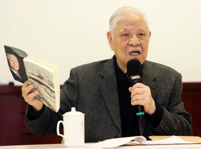 李登輝關心中國民主 曾多次資助海外民運