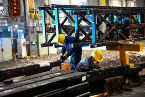 貿易戰衝擊 中國工廠活動連續第四個月萎縮