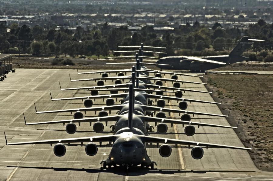 沈舟:美軍C-17運輸機抵台展示何種實力